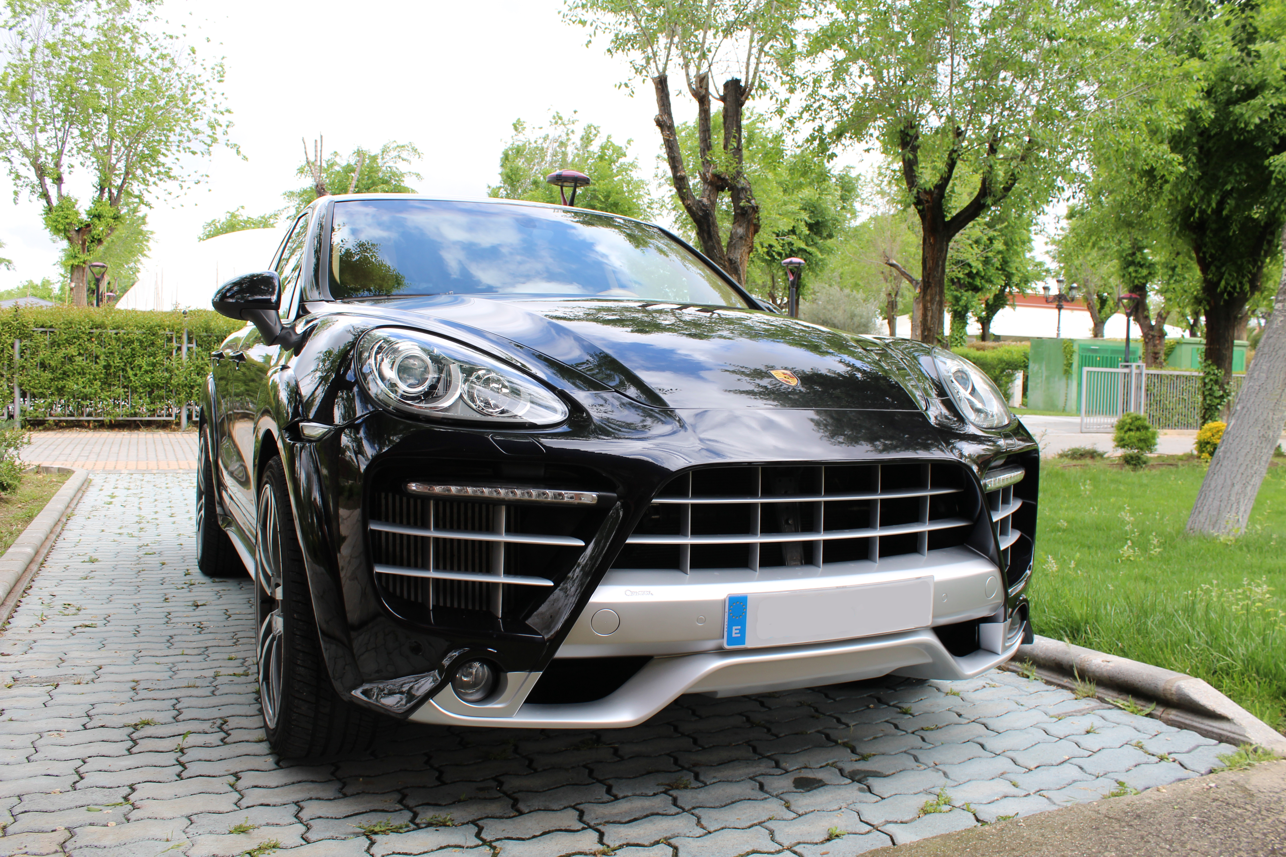 Porsche Cayenne by Caractere